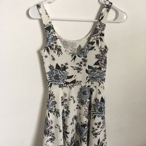 sleeveless floral pattern h&m dress